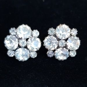 Vintage Rhinestone Screw Back Earrings EUC